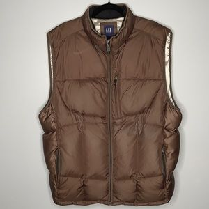 Gap brown down filled puffer vest with zippered chest pocket and hand pockets XL